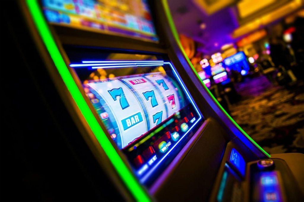 play online slots